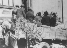 <p>Deportation of the last Jewish inhabitants of Hohenlimburg, the Lowenstein and Meyberg families. Germany, April 23, 1942.</p>