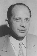 <p>El Dr. Gerhart Riegner, representante del Congreso Judío Mundial en Ginebra (Suiza), envió un telegrama en agosto de 1942 al líder judío estadounidense Stephen S. Wise, acerca del plan nazi para exterminar a los judíos de Europa. Fecha incierta.</p>