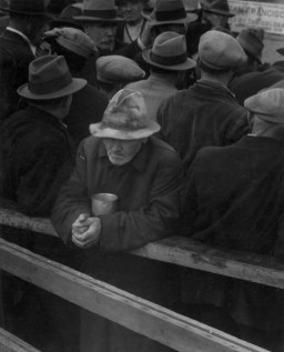 <p>The Great Depression hit the United States on October 29, 1929 after the crash of the US Stock Market. The decade long catastrophe resulted in industrial production falling to one-third of its pre-Depression levels, thousands of banks were closed, and almost 13 million Americans were jobless. </p>