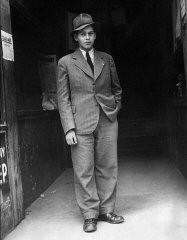 """<p><a href=""""/narrative/11870/en"""">Romi Cohn</a> in Budapest, 1944.</p>"""