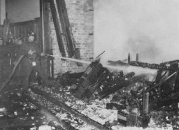 "<p>The Berlin Fire Brigade extinguishes the <a href=""/narrative/11083/en"">fire at the Reichstag</a> (German parliament). Berlin, Germany, February 27, 1933.</p>"