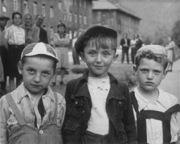 <p>Children in the Bad Reichenhall displaced persons camp. Germany, 1945.</p>