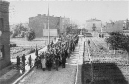 "<p>Deportation of Jews from the <a href=""/narrative/2152/en"">Lodz</a> ghetto. Poland, August 1944.</p>"
