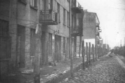 "<p>""Gypsy camp"" area in the <a href=""/narrative/2152/en"">Lodz</a> ghetto. <a href=""/narrative/4500/en"">Roma</a> (Gypsies) were confined in a segregated block of buildings. Poland, 1941–44.</p>"