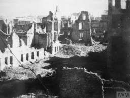 "<p>Planned as a short military revolt, <a href=""/narrative/55299/en"">the Warsaw Polish uprising</a> lasted 63 days, from August to October 1944. In the end, German troops destroyed the majority of Warsaw during and immediately after the uprising. Photo dated January 17, 1945.</p>"