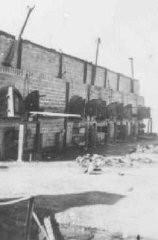 Vue de ce qui restait des fourneaux dans le camp de Majdanek au moment de la libération.