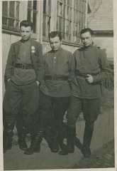"""<p><a href=""""/narrative/11977"""">Allen Small</a> (left). Allen became a partisan fighter at age 14.</p>"""