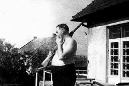"<p>Amon Goeth, commandant of the <a href=""/narrative/4880"">Płaszów</a> camp. Płaszów, Poland, between February 1943 and September 1944.</p>"