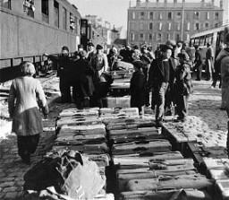 "<p>Jewish orphans arrive at the Marseille railroad station, en route to Palestine as part of postwar <a href=""/narrative/5217"">Brihah</a> movement. Marseille, France, March 25, 1948.</p>"