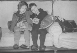 "<p>Jewish refugee children, part of a Children's Transport (<a href=""/narrative/4604/en"">Kindertransport</a>) from Germany, upon arrival in Harwich. Great Britain, December 12, 1938.</p>"