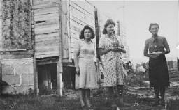 "<p>Women prisoners in the <a href=""/narrative/4842/en"">Gurs</a> camp. Gurs, France, ca. 1943.</p>"