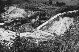 <p>The Wiener Graben quarry of the Mauthausen concentration camp. Austria, photograph taken after the liberation of the camp. </p>