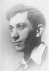 "<p>Portrait of Josef Kaplan. Kaplan was a <a href=""/narrative/10515/en"">youth movement</a> leader. He was also a leader of the Warsaw ghetto underground and Jewish Fighting Organization (ZOB). He was caught preparing forged documents and was killed. Poland, before September 1942.</p>"