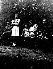 "<p>Frieda Greinegger during a family outing to a park in the mid-1930s. Frieda would later spend almost two years in the <a href=""/narrative/4015/en"">Ravensbrück</a> concentration camp as punishment for consorting with a Polish forced laborer, <a href=""/narrative/6763/en"">Julian Noga</a>. Austria, ca. 1935.</p>"