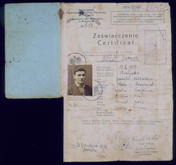 <p>Polish citizenship certificate issued to Samuel Solc on December 16, 1939, by the Britannic Majesty's Legation in Kovno, charged with representing Polish interests in Lithuania. Samuel decided to emigrate to Palestine in late 1939. His journey lasted over two years and took him through eight countries. Samuel arrived in Palestine on February 6, 1942, after stays in Lithuania; Kobe, Japan; Shanghai, China; and Bombay, India. [From the USHMM special exhibition Flight and Rescue.]</p>