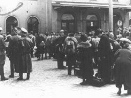 """<p>Deportation of German Jews from the train station in Hanau to <a href=""""/narrative/5386/en"""">Theresienstadt</a>. Hanau, Germany, May 30, 1942.</p>"""