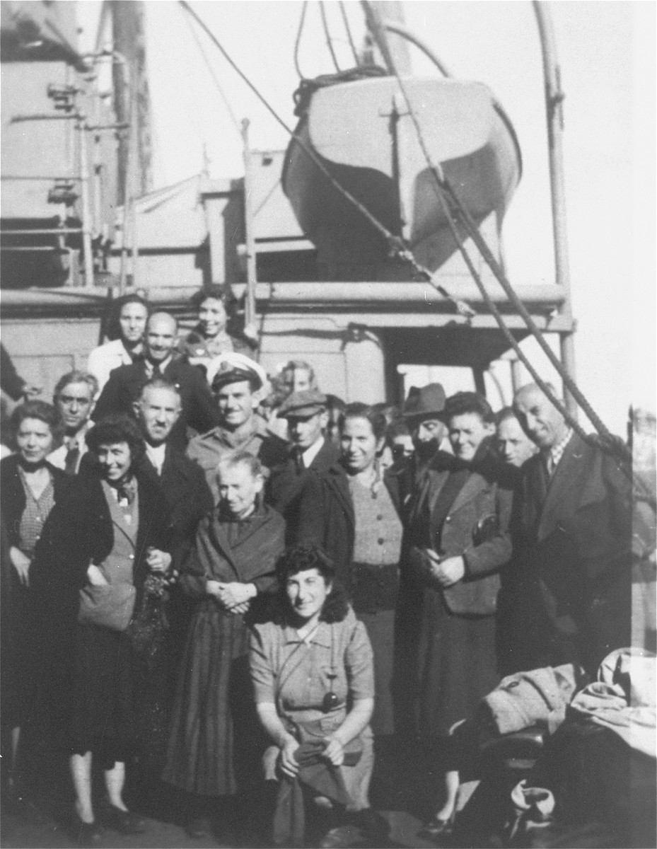 Jewish DPs Aboard a Ship Traveling to Tricase
